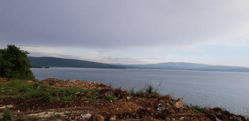 7 Busko jezero